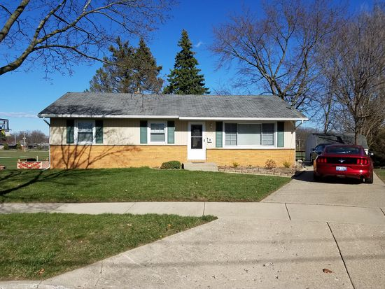 1466 Royal Oak St SW, Wyoming, MI 49509 | Zillow on