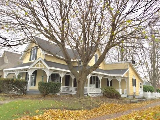 807 E Market St, Crawfordsville, IN 47933 | Zillow