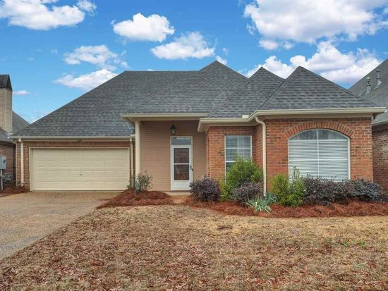 Fabulous 320 Creston Ct Ridgeland Ms 39157 Zillow Home Interior And Landscaping Ologienasavecom