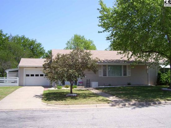 232 edgeford dr pratt ks 67124 zillow