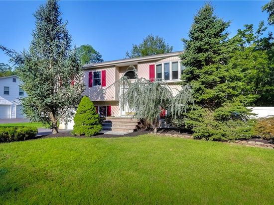 10 Creekview Dr, Thiells, NY 10984 - Zillow
