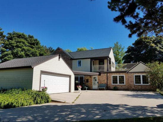 10851 N Port Washington Rd Mequon Wi 53092 Zillow
