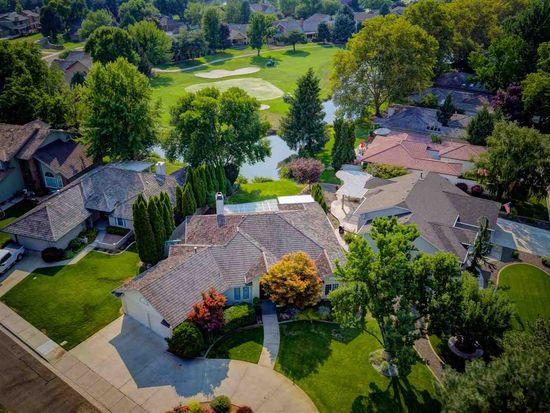 3635 N Plantation River Dr, Garden City, ID 83703 | Zillow
