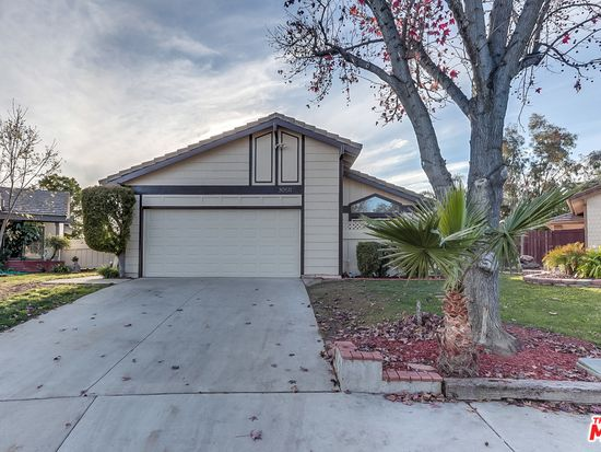 30511 Hollyberry Ln, Temecula, CA 92591 | Zillow