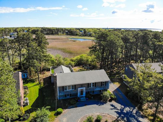 88 Wilfin Rd South Yarmouth Ma 02664 Zillow