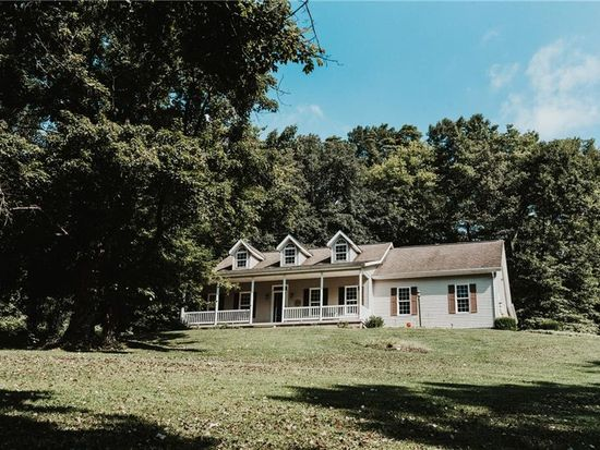 3355 Schneiders Crossing Rd NW, Dover, OH 44622 | Zillow on
