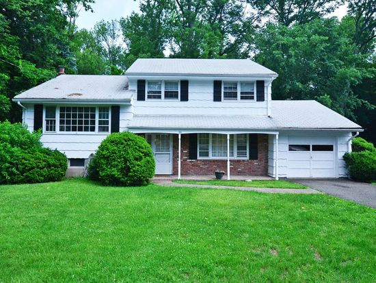 95 Wyckoff Ave, Waldwick, NJ 07463 | Zillow