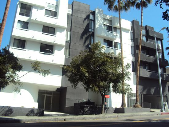 Franklin Towers And Whitley Heights Apartments Los