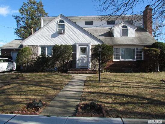 330 Yale Rd Garden City Ny 11530 Zillow