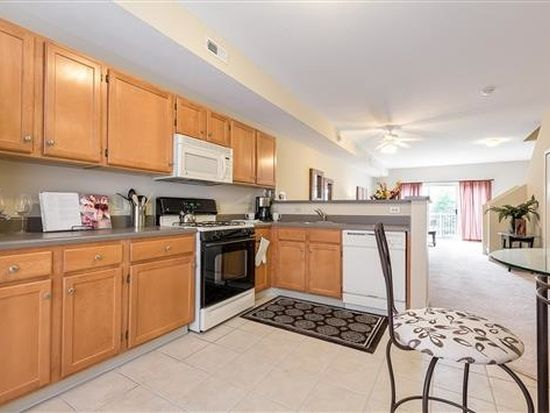 34468 Cedar Trl Apt 7 Willoughby Hills Oh 44094 Zillow