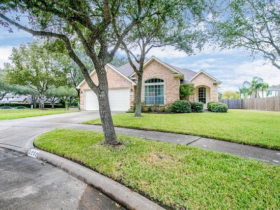 Surprising 3202 Ivory Pointe Dr League City Tx 77573 Zillow Download Free Architecture Designs Remcamadebymaigaardcom
