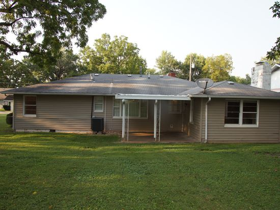 634 w kerr st springfield mo 65803 zillow solutioingenieria Image collections