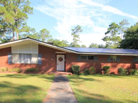 586 S 4th St Jesup GA 31545