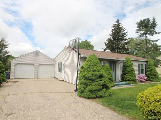 12 Crestwood Rd, Ansonia, CT 06401 | Zillow