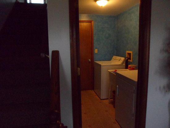 3931 Hill Rd, North Tonawanda, NY 14120 | Zillow