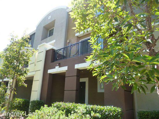 8732 Esplanade Park Ln San Diego Ca 92123 Zillow