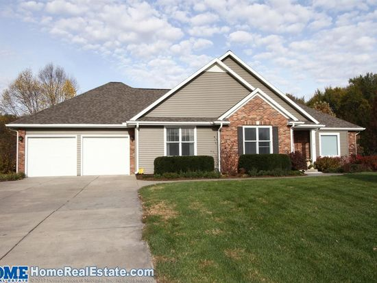 Surprising 7321 Whitetail Cir Lincoln Ne 68523 Zillow Home Interior And Landscaping Elinuenasavecom