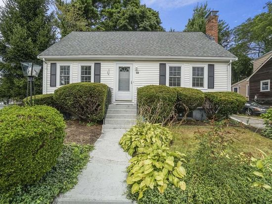 12 Roach St Quincy Ma 02169 Zillow