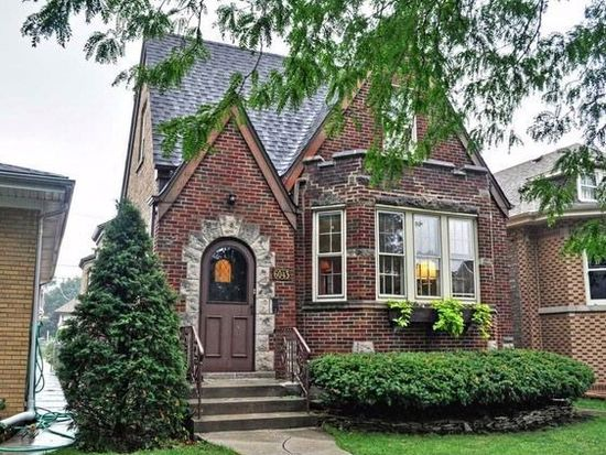 6043 n marmora ave chicago il 60646 zillow for English cottage style homes for sale