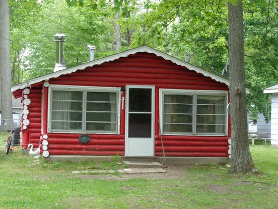 311 Burrill, Houghton Lake, MI 48629   Zillow