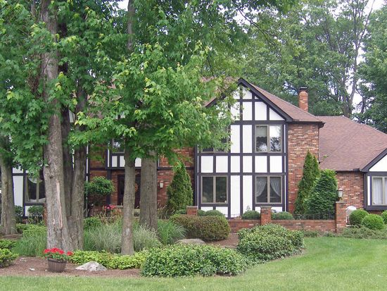 27672 Royal Forest Dr, Westlake, OH 44145 | Zillow