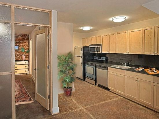 ... Atrium Lofts at Cold Storage & Atrium Lofts at Cold Storage - Apartments in Richmond VA | Zillow