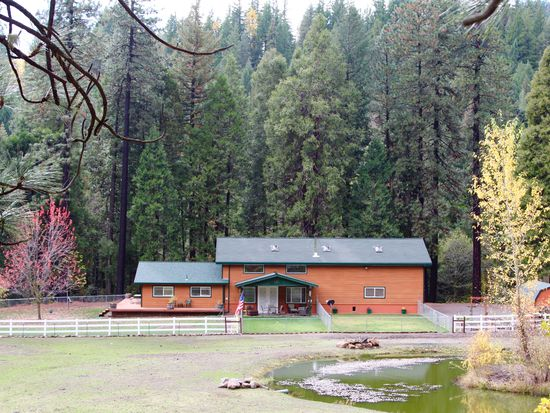 1512 n shasta ranch rd mount shasta ca 96067 zillow for Mount shasta cabins for rent