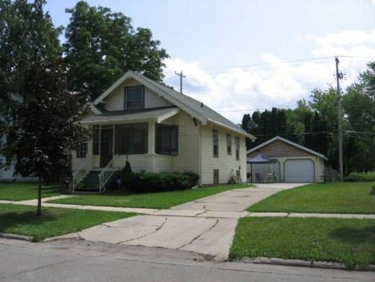 56 15th St Fond Du Lac Wi 54935 Zillow