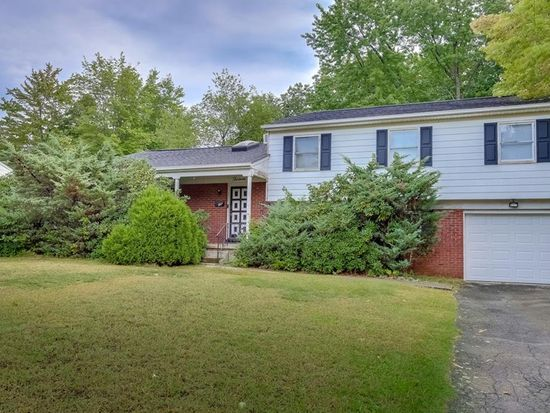 & 13 Eastview Rd Monsey NY 10952 | Zillow