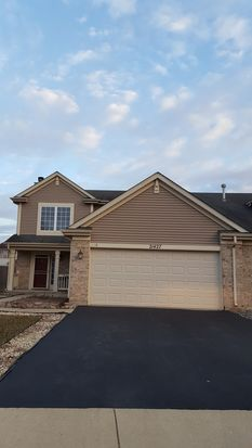 21427 Abbey Ln, Crest Hill, IL 60403 | Zillow