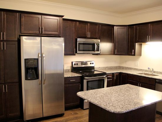 Parkside Village Apartment Rentals Albany Ny Zillow
