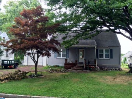 422 Manor Ave, Penns Grove, NJ 08069 | Zillow