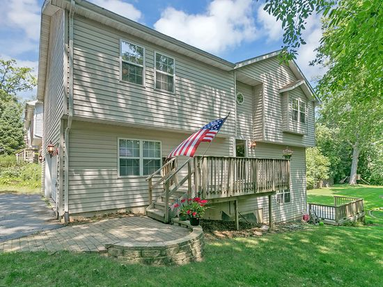 38575 N Lincoln Ave, Spring Grove, IL 60081 - Zillow