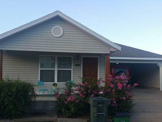 Pleasing 4343 W Cottage St Fayetteville Ar 72704 Zillow Beutiful Home Inspiration Semekurdistantinfo