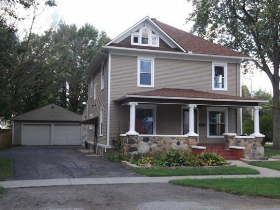 202 howard st bellevue oh 44811 zillow rh zillow com