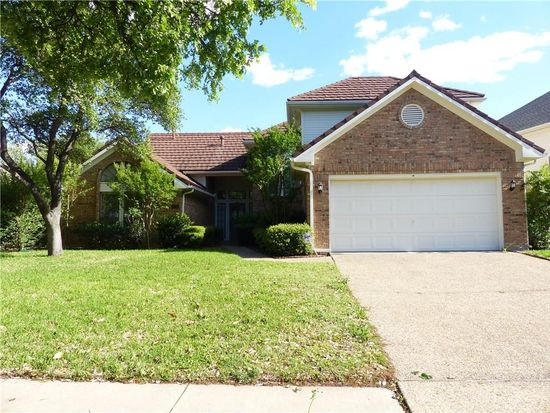 820 Canyon Crest Dr, Irving, TX 75063 | Zillow