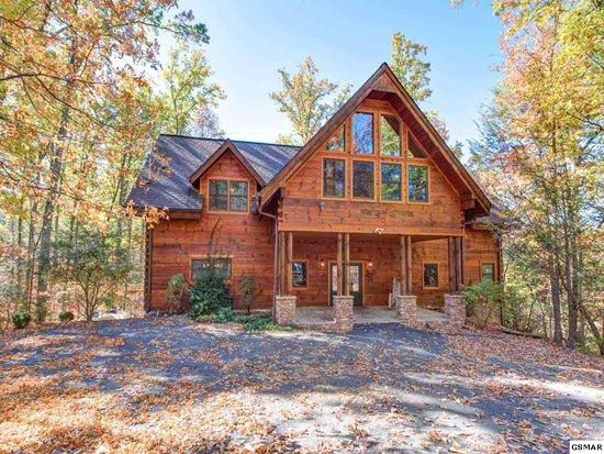 homes ln cabins in for tennessee tn log downtown red bud tagged sale f cabin search gatlinburg lane