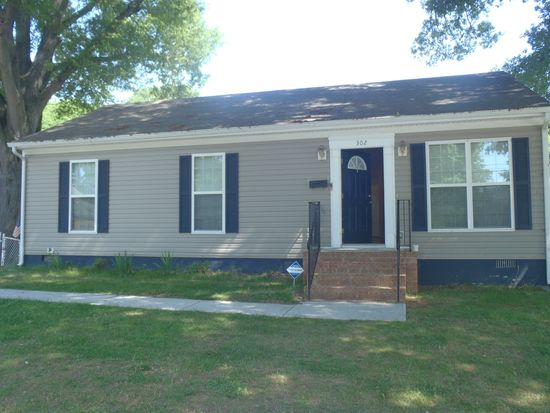 302 Hillcrest Ave, Colonial Heights, VA 23834 | Zillow on