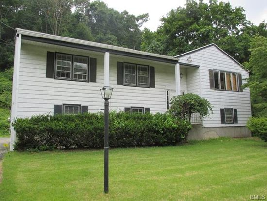 4 Reichelt Ter, Ansonia, CT 06401 | Zillow