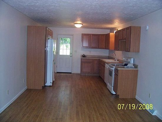 Awesome 331 N Main St Slippery Rock Pa 16057 Zillow Interior Design Ideas Gentotryabchikinfo