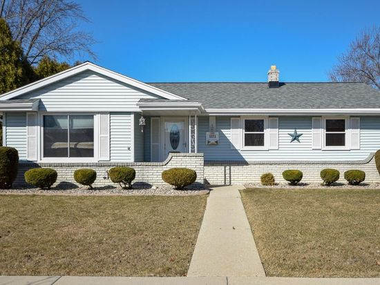 5573 S Illinois Ave, Cudahy, WI 53110 | Zillow