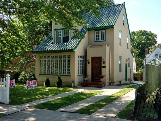 11107 77th Ave, Forest Hills, NY 11375 | Zillow