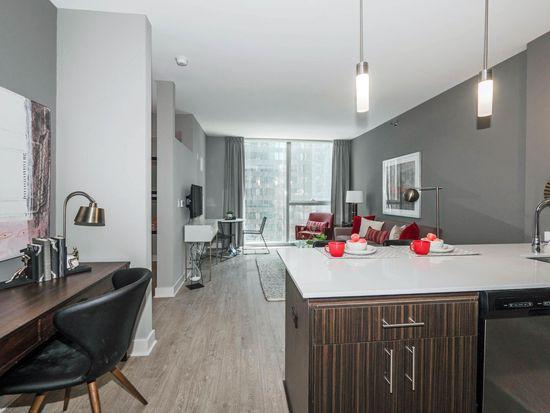 12 Tier Convertible Floorplan 201 N Garland Ct Chicago Il 60601