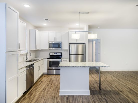 Admirable 1201 Pine Haven Dr Apt 5307 Raleigh Nc 27607 Zillow Home Interior And Landscaping Ferensignezvosmurscom
