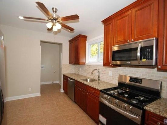 78 Melrose Ave, Bergenfield, NJ 07621 | Zillow