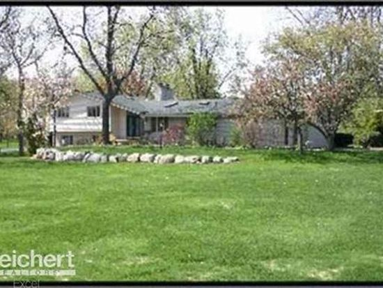 2509 Lake Charnwood Dr Troy Mi 48098 Zillow