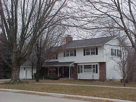 413 Oak Park Blvd Cedar Falls IA 50613