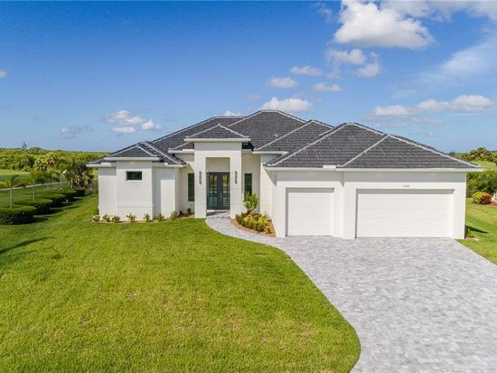 Pleasing 11699 Royal Tee Cir Cape Coral Fl 33991 Zillow Interior Design Ideas Inesswwsoteloinfo