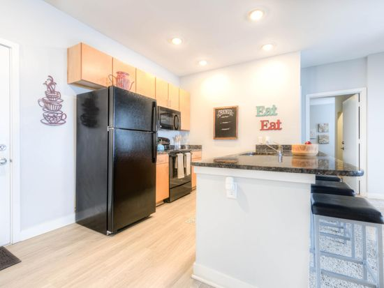 Elegant The Clubhouse   Student Apartments   Louisville, KY | Zillow