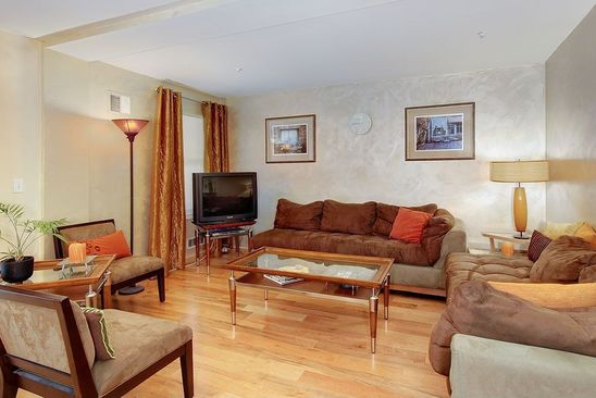 2 Bed Bath At 600 CHESTNUT ST SAN FRANCISCO CA 94133 Is For
